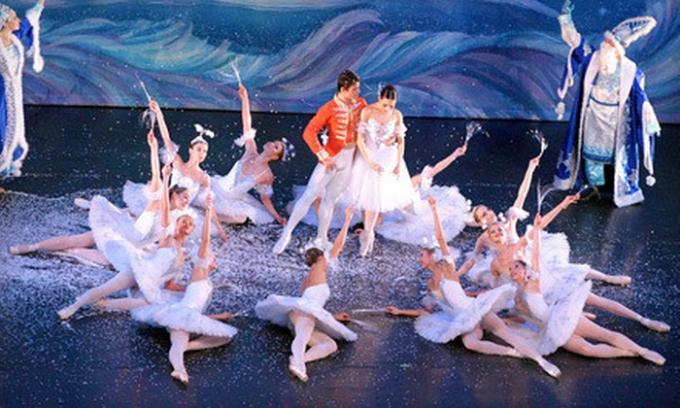 Moscow Ballet's Great Russian Nutcracker at Paramount Theatre Seattle