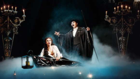 the phantom of the opera musical cadillac palace theatre los angeles
